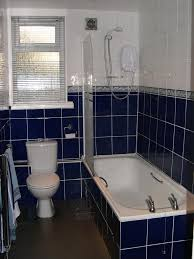 Dark Blue Bathroom Redhall Crescent Edinburgh Eh14 2hd Pentland Property Management