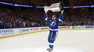 Hockey world reacts to Lightning ...