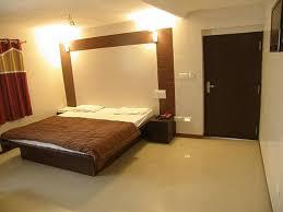 Golden Hotel: Super Deluxe Double Room (Average Room Size 250 Sqft)