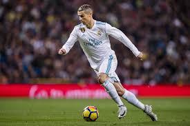 Ronaldo completes stunning transfer to man united. Manchester United Transfer News Cristiano Ronaldo Marouane Fellaini Rumours Bleacher Report Latest News Videos And Highlights