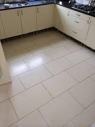 elegant cream floor tiles with grey grout kezcreative com