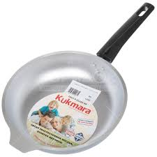 <b>Сковорода алюминиевая Kukmara</b> с222 без крышки, 22 см в ...