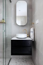 guest bathroom design. Jillian Dinkel Designs/ Manly Harbour View / Guest Bathroom Www.jilliandinkel.com Design 5