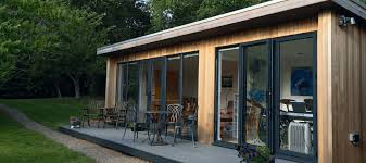 init studios garden office. How To Use Your Garden Rooms Cleverly? - Yonohomedesign.com Init Studios Office
