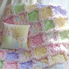 25+ unique Quilt making ideas on Pinterest | Quilting for ... & 25+ unique Quilt making ideas on Pinterest | Quilting for beginners, Rag  quilt patterns and Down quilt Adamdwight.com