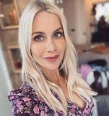 The beautiful 22 year old it worker from kent came through the 12 weeks, and when put to the public vote to win, kate received over 3 million votes, and. Who Is Martin Kate Lawler Partner What Is Her Net Worth Surgery