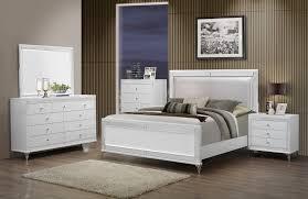 Metallic Bedroom Furniture Global Furniture Catalina King Panel Bed In Metallic White