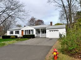 Who's Coming and Who's Going: Enfield Home Sales, Sept. 8-14 | Enfield, CT  Patch