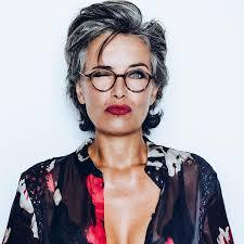 Heb Jij Een Bril 12 Korte Kapsels Speciaal Voor Vrouwen Met Brillen