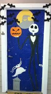 halloween front door decorations25 Halloween Front Door Dcorations That Youll Love  Shelterness