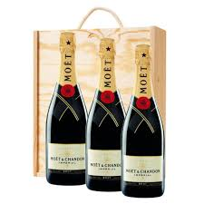 3 x moet chandon brut imperial chagne bottle in moet gift box treble wooden