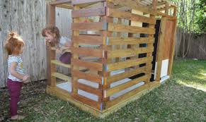 simple pallet playhouse plans modern diy outdoor tour and how to