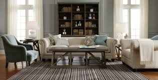 how large should an area rug be
