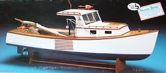 here is a picture of the boothbay a fishing village in maine usa lobster boat otherwise known as the maine lobster boat taken from the box in which the