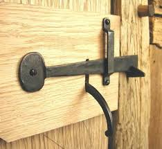 barn latch do you remember the unique lock richard put on the barn in so chas house no one could figure it out