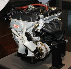 File:1970 Toyota 2T-G Type engine.jpg - Wikimedia Commons
