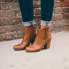 shoes boots booties brown leather boots brown fall outfits fashion style ankle boots brown booties