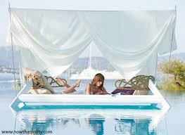 Really cool bedrooms with water Design True Waterbed Roof4lifenet 30 Super Cool Beds Now Thats Nifty