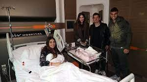 Emre Belözoğlu ve eşinden Türüç ailesine ziyaret - Fenerbahçe Spor Kulübü