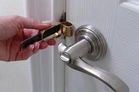 lock door. Portable Door Lock W