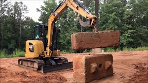 Myth Busters Cat 305e2 Mini Excavator Lifting Demo