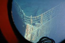 real underwater titanic pictures. Perfect Underwater A View Of The Titanicu0027s Bow From Mir August 2005 And Real Underwater Titanic Pictures