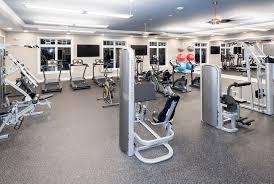 jackson 21 apartments clubhouse gym