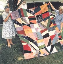 Material Culture: American Folklife Center: An Illustrated Guide ... & Alma Hemmings and Geraldine Johnson holding a quilt Adamdwight.com