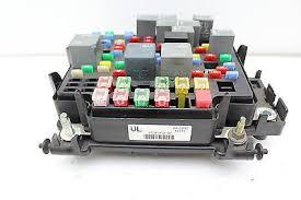 03 04 05 06 cadillac escalade 15201930 fusebox fuse box relay unit 2002 cadillac escalade fuse box diagram at 2004 Escalade Fuse Box