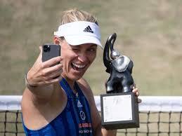 1 and winner of three grand slam tournaments, she made her profe. Vor Wimbledon Auftakt Kerber Herz Und Leidenschaft Fur Tennis Immer Noch Da Sport Esslinger Zeitung