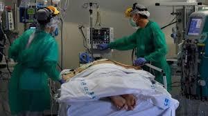 Como funciona técnica que põe pacientes de covid-19 de bruços - BBC News  Brasil