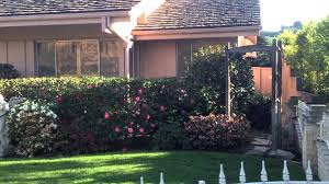 Heres What The Brady Bunch House Looks Like In  YouTube - Brady bunch house interior pictures