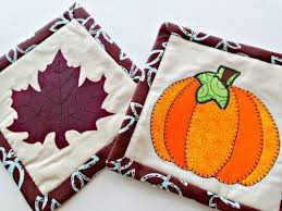 6 FREE Thanksgiving Quilt Patterns - On Craftsy! & Free Fall Mug Rug Pattern Adamdwight.com