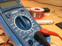 sensor with a multimeter