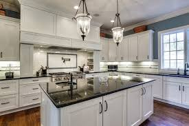 white shaker style cabinets continue to be popular kitchen cabinet choice