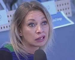 """Ο χρήστης СмутноеВремя στο Twitter: """"Официальный представитель МИД России  Мария Захарова заявила, что высылка двух российских дипломатов из Греции не  останется без последствий... Я так понимаю, что запретят грецкие орехи,  фету, греческие"""