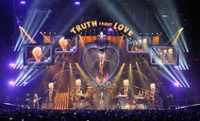 Tour Profile: <b>Pink's Truth About</b> Love Tour