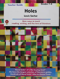 holes teacher guide by novel units inc novel units inc 9781581306149 amazon books