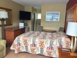 Alton Motel: Motel Room, One Queen bed and Sofa Bed