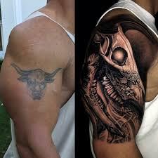 дуэйн скала джонсон обновил свою татуировку быка