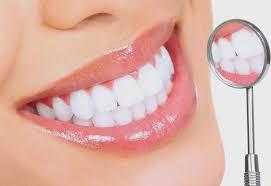 Bọc răng sứ giúp bạn loại  bỏ răng khấp khểnh, ố và xỉn màu