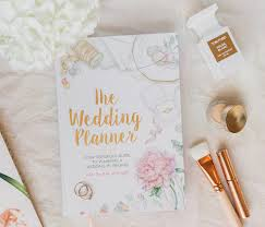 wedding planning on a budget planning a budget friendly wedding while in college