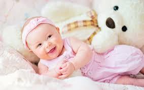 cute baby with teddy bear 2048x1152 resolution