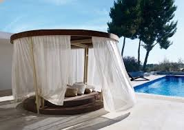 Dog Outdoor Canopy Bed With