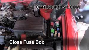 blown fuse check 1993 1997 geo prizm 1993 geo prizm 1 6l 4 cyl 6 replace cover secure the cover and test component