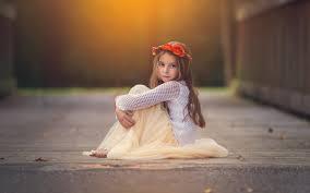 Cute Little Girl Send Kiss Wallpapers  2560x1600  540784Cute Small Girl