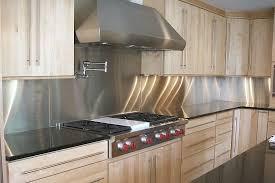 Stainless Steel Modern Kitchen Design with Kitchen Backsplash