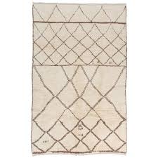 moroccan rug made of natural undyed wool for