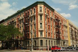Recently we profiled ten pre-war apartment houses in Washington Heights.  Now, we cross the Harlem River to the South Bronx to check out ten more pre- war ...