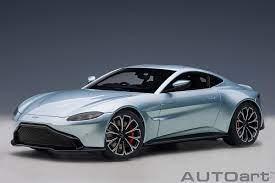 Modellauto Aston Martin Vantage 2019 Skyfall Silver Composite Model Full Openings Autoart 1 18 Bei Modellauto18 De